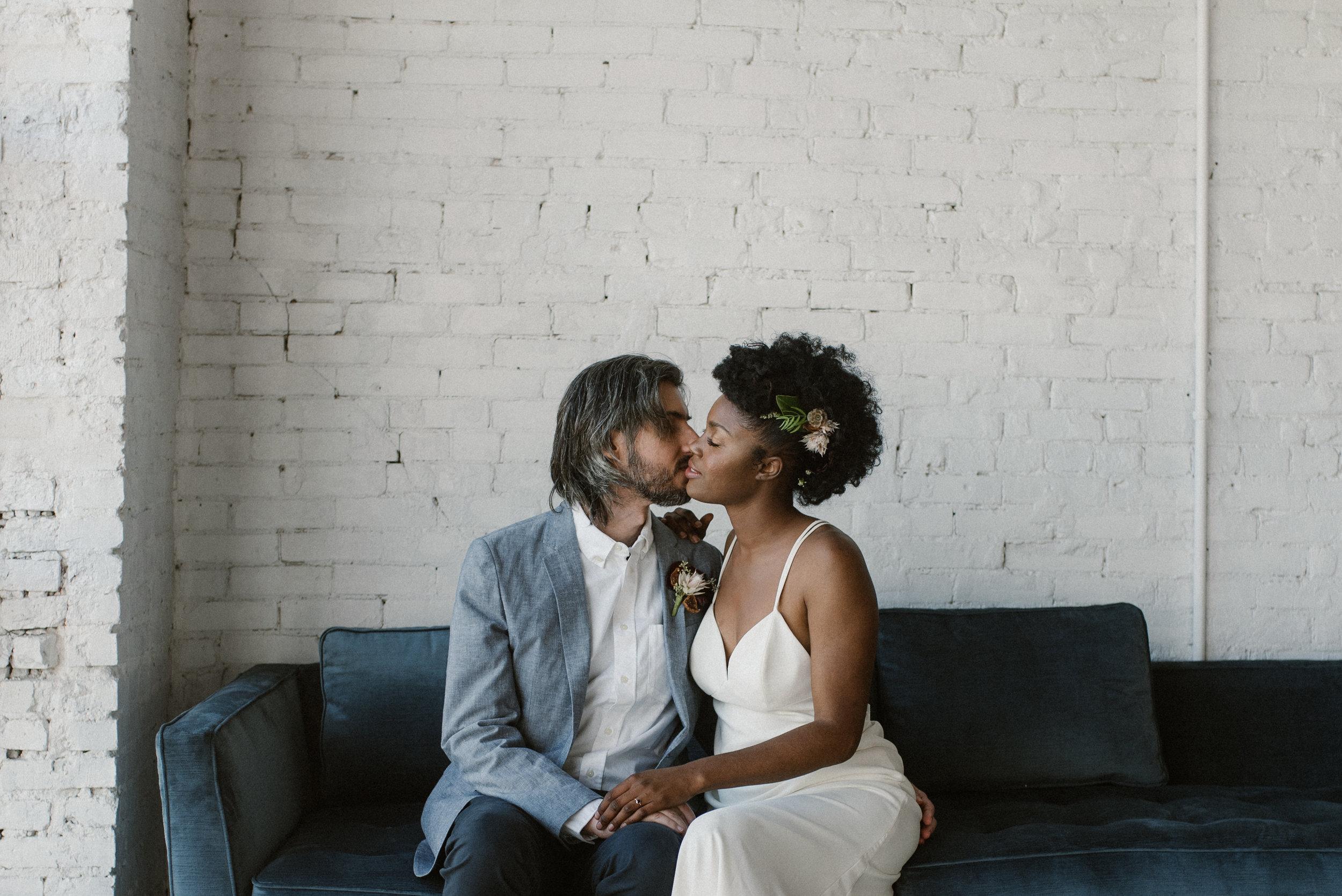 haus-820-minimal-editorial-wedding-styled-shoot-10.jpg