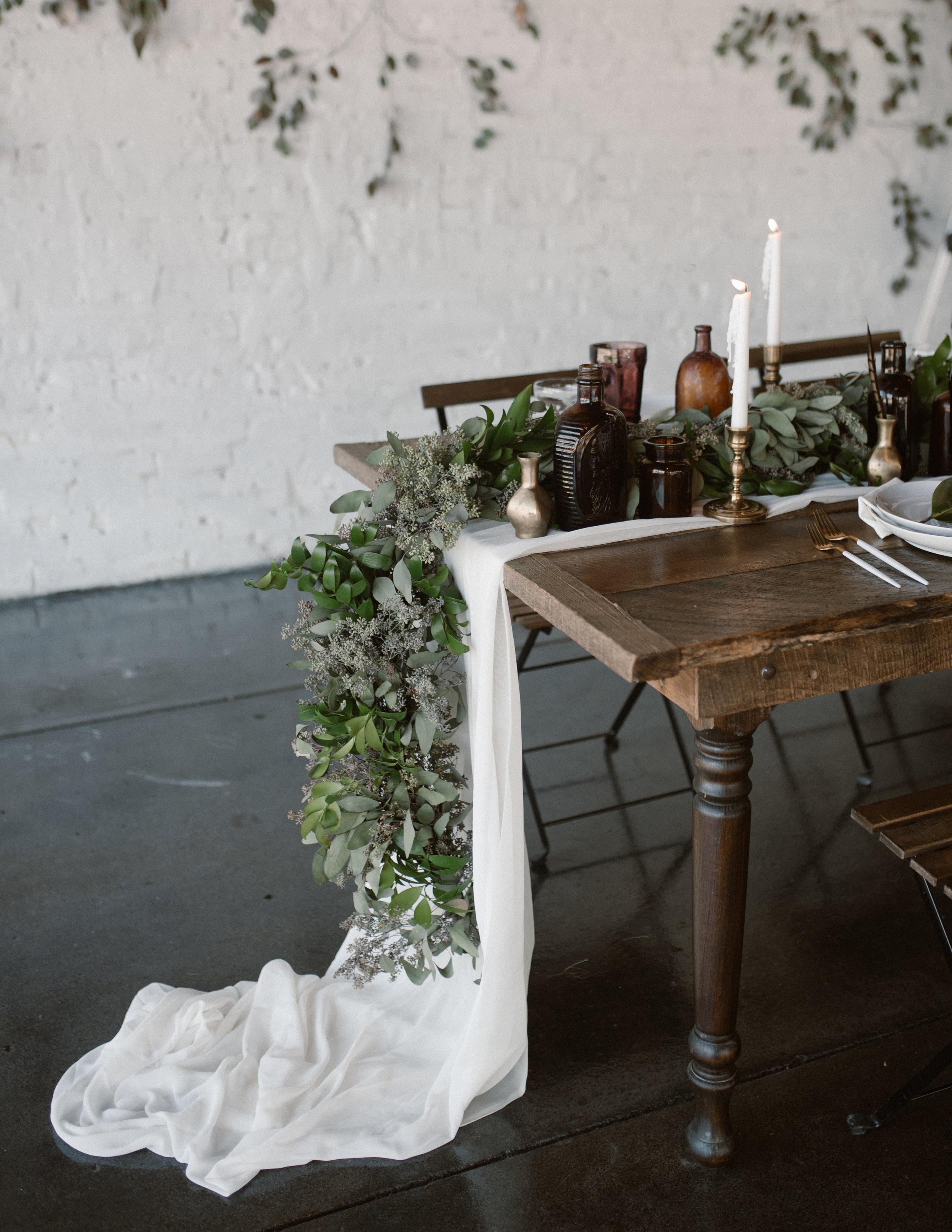 haus-820-minimal-editorial-wedding-styled-shoot-25.jpg