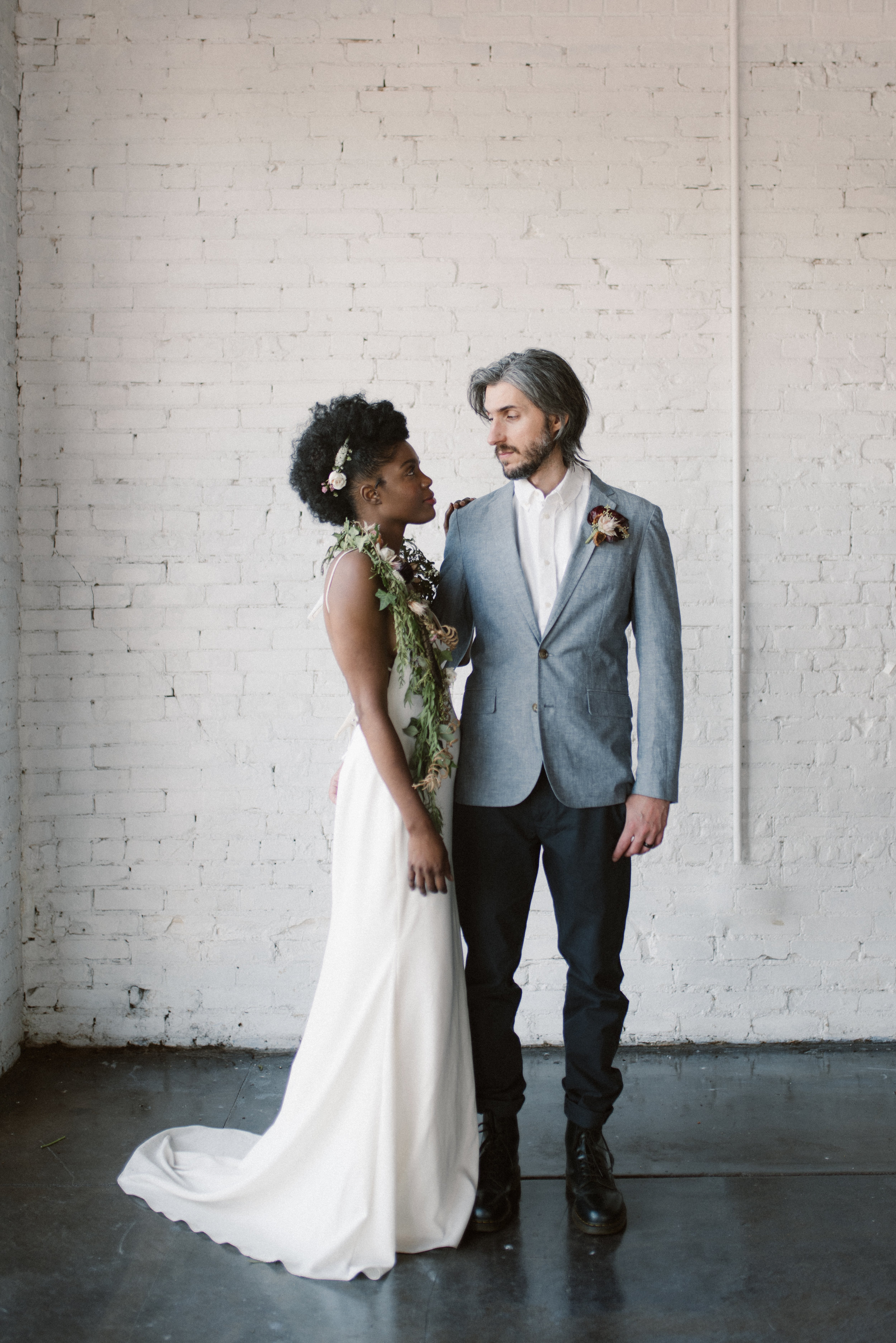 haus-820-minimal-editorial-wedding-styled-shoot-42.jpg