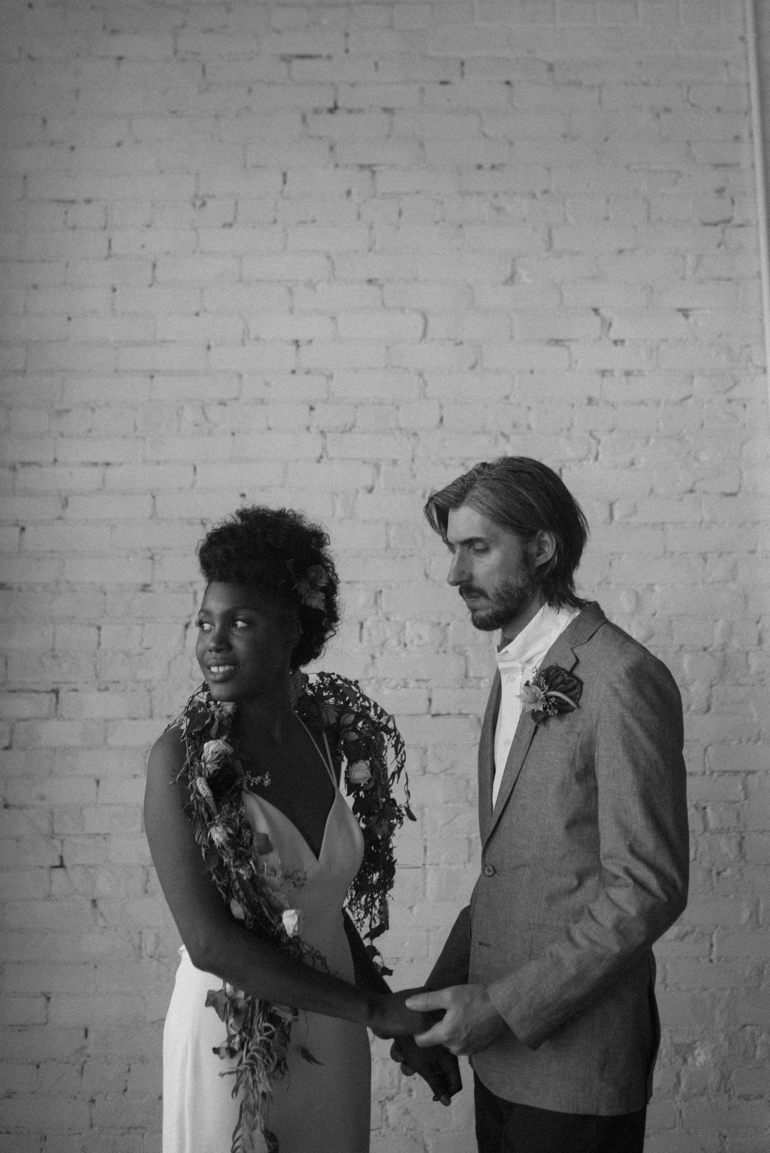haus-820-minimal-editorial-wedding-styled-shoot-59.jpg