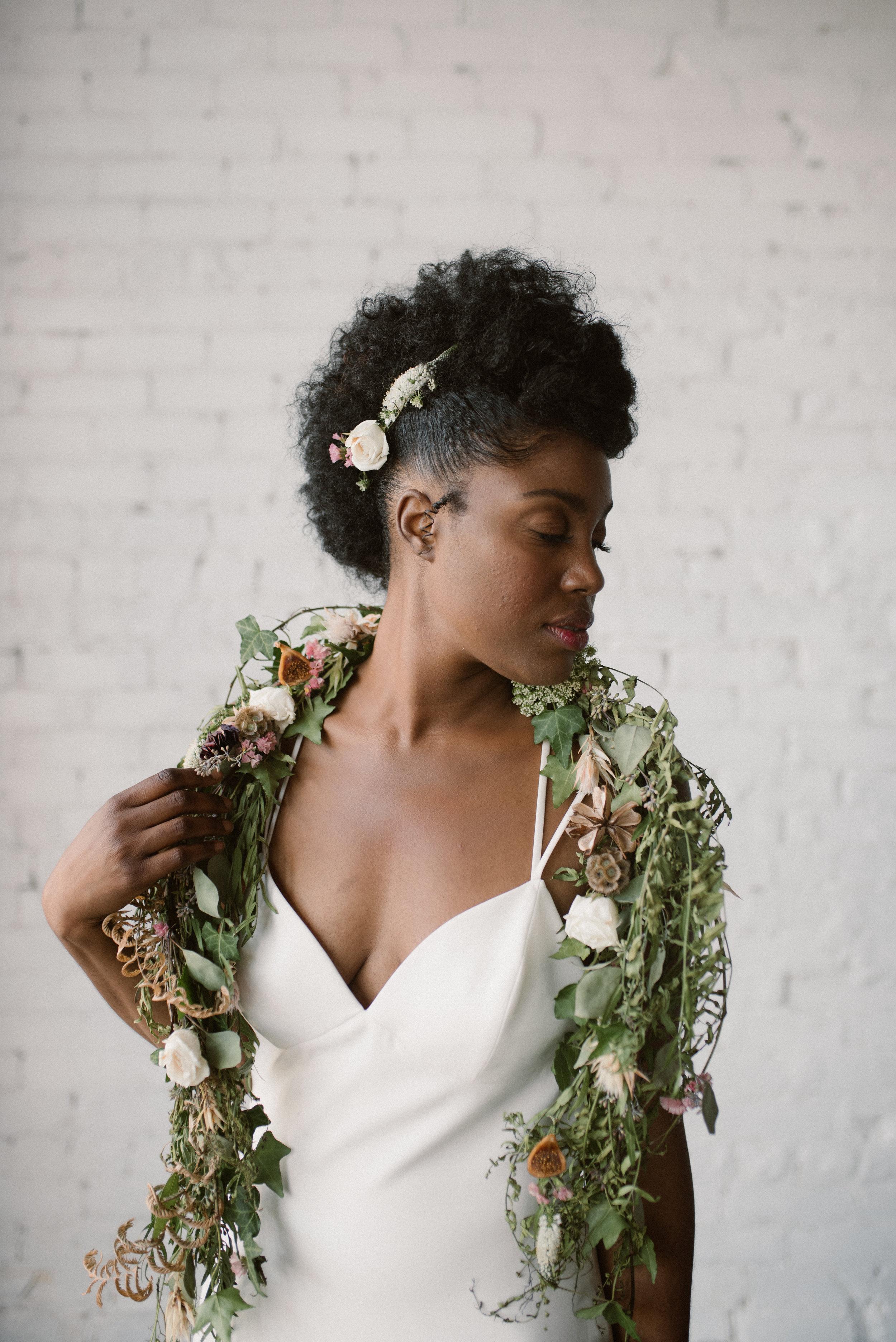 haus-820-minimal-editorial-wedding-styled-shoot-77.jpg