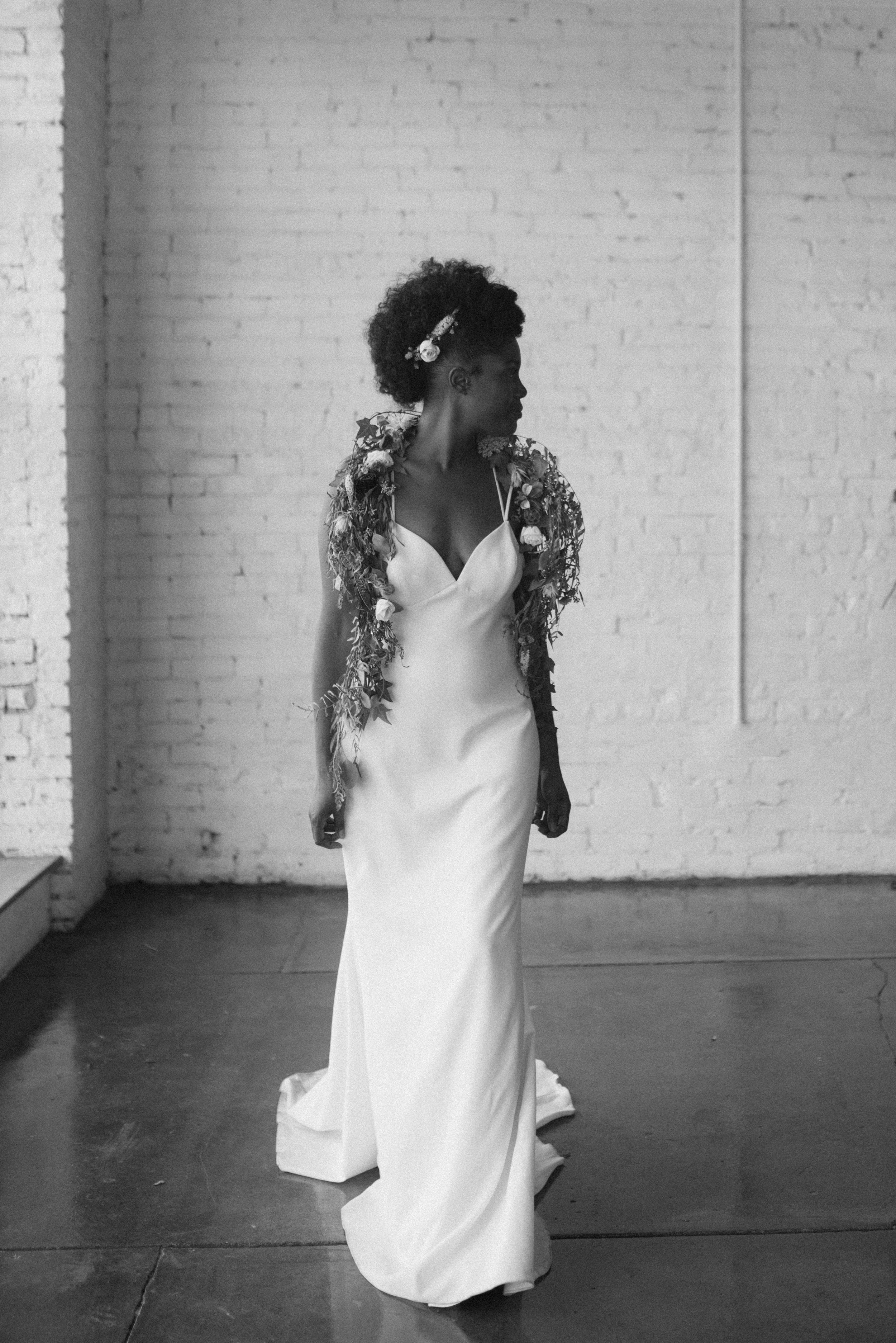 haus-820-minimal-editorial-wedding-styled-shoot-82.jpg