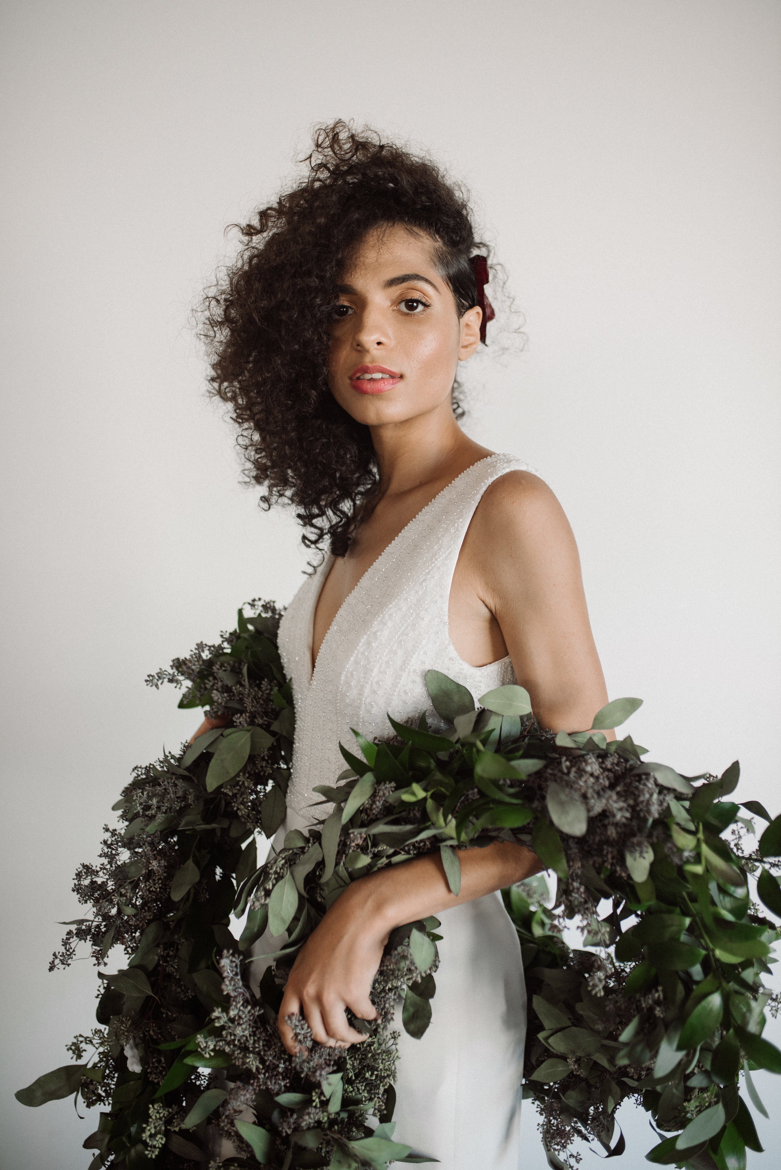 haus-820-minimal-editorial-wedding-styled-shoot-99.jpg