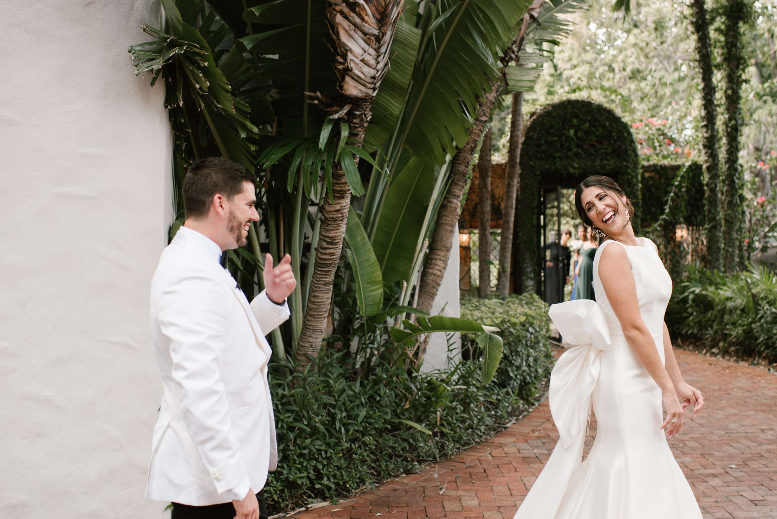 white-wedding-250.jpg