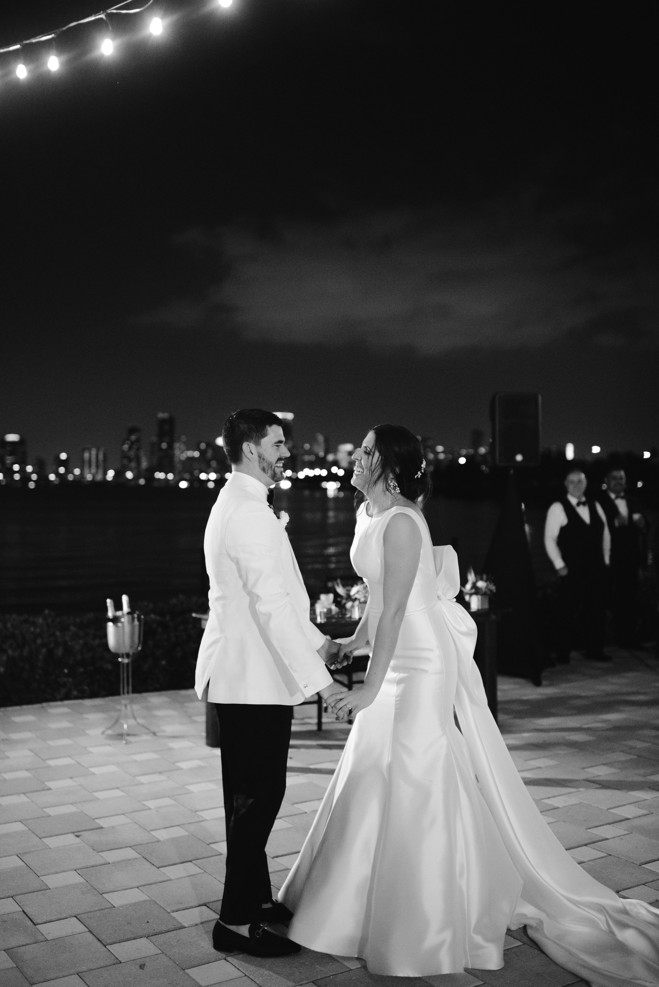 white-wedding-720.jpg