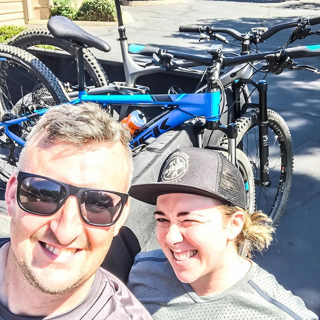 Awesome ride today! Pushed harder than I ever have before in a long climb. @darindillon is an incredible teacher and coached me through some downhill techniques 🙌🏼. I am having more and more fun, surprising myself with my strength and fun.  Hit up Jamba Juice for some green fuel and home for a swim, food, and more #mtb YouTube inspiration.  Loving my connection time with my hubs and growing myself at the same time.  #dustybetty #ferdagirls #mtbgirls1 #trek