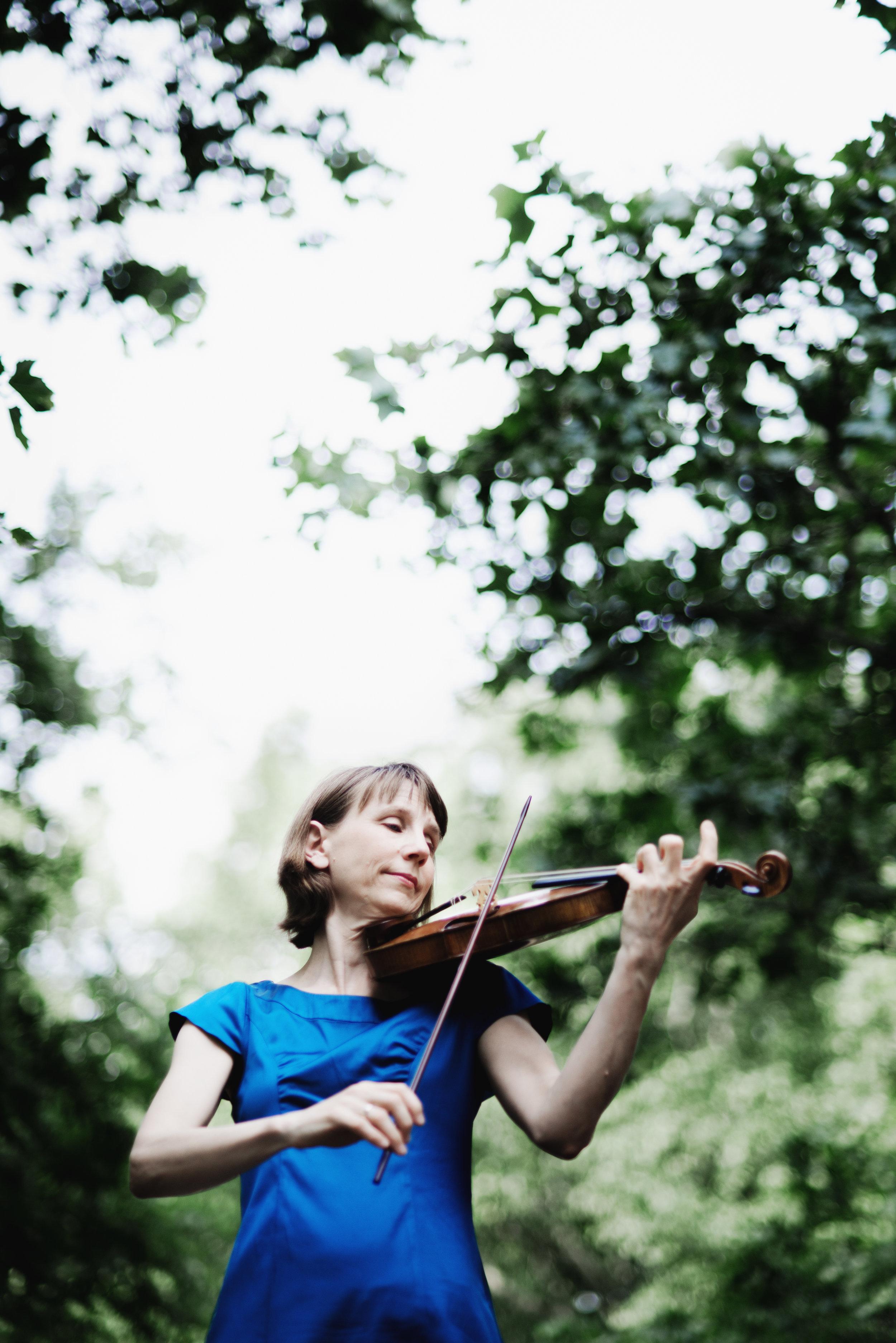 Amelia Roosevelt - Violin