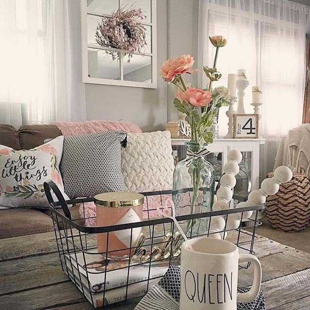 Toss the winter blues with our spring design tips!  Don't miss this months Newletter!! Subscribe in Bio