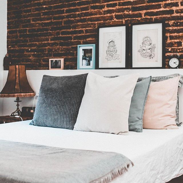 Statement walls behind the bed? Great idea. You can use paint, reclaimed wood, or even brick (as shown here) to make your space stand out. This is a great tactic for increasing the perceived value of your home, especially if you are getting ready to sell. • • •  #fabric #upholstery #pattern #bedroom #geometric #bed #bedroomdecor #geometry #livingroom #cleanlines #architexture #homestyle #composition #archidaily #bedding #bathroom #buildings #homedecor #room #furniture #arts #interior #decor #bedroomdesign #elegant #uptown