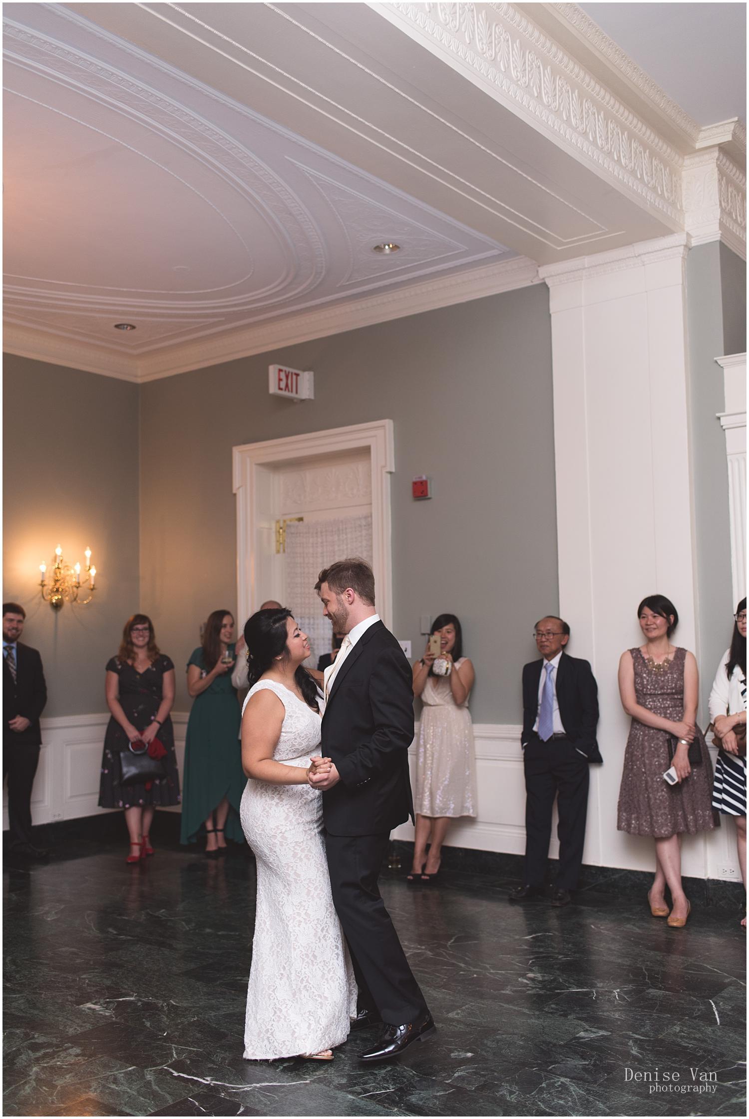 denise-van-glenview-mansion-wedding_0036.jpg