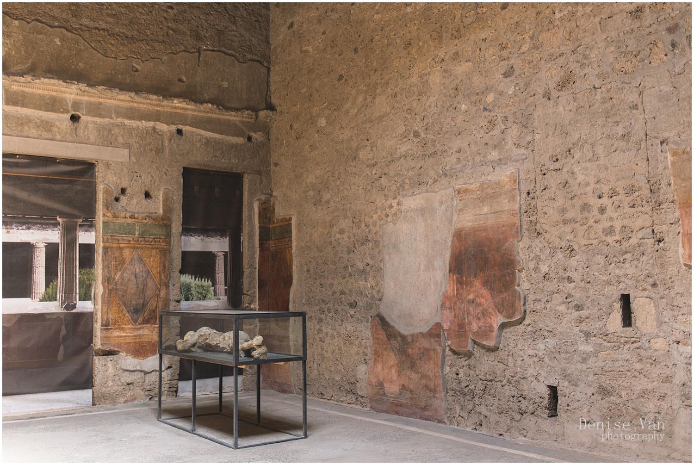 denise-van-italy-pompeii-naples_0022.jpg