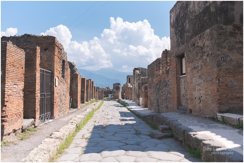 denise-van-italy-pompeii-naples_0024.jpg