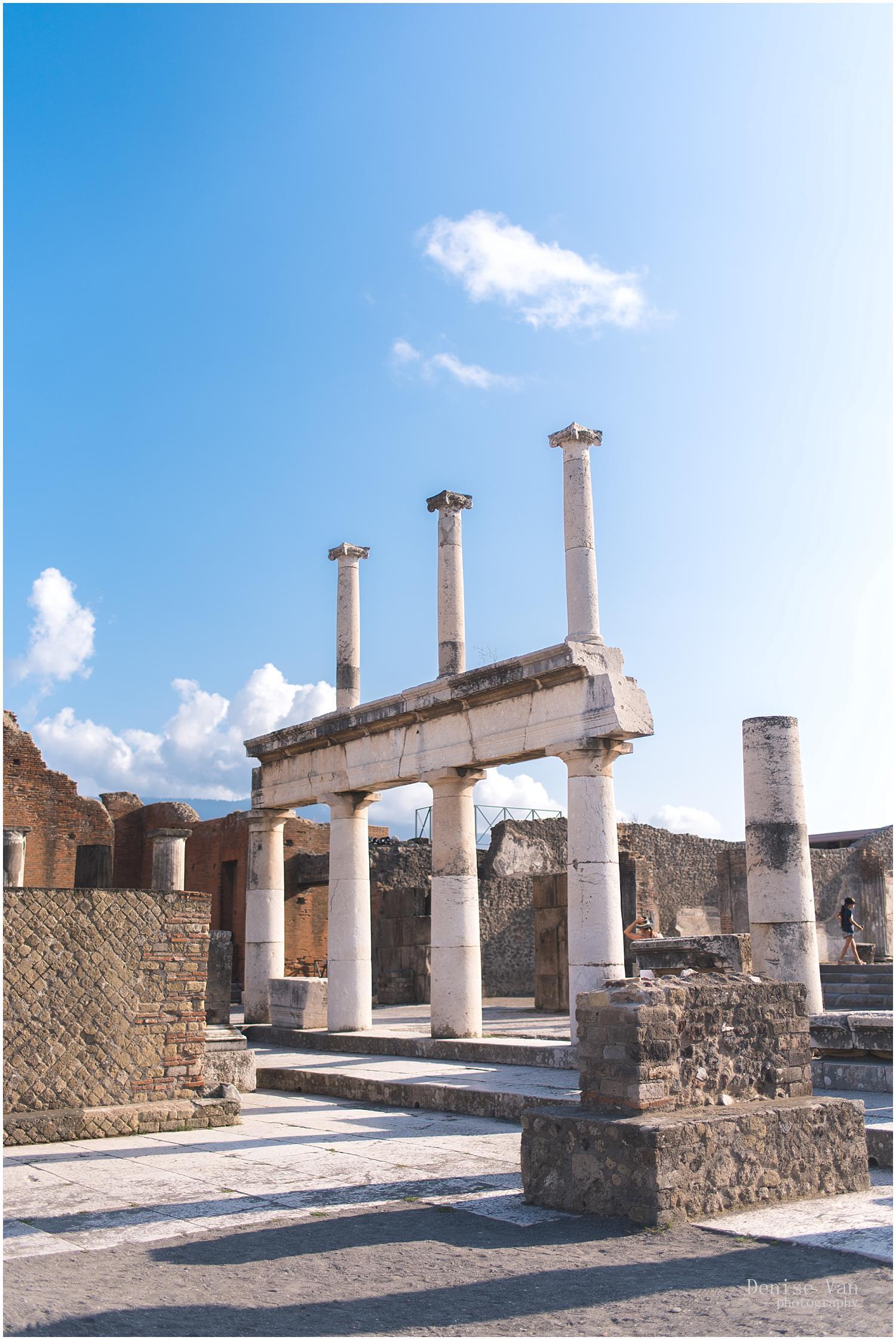 denise-van-italy-pompeii-naples_0047.jpg