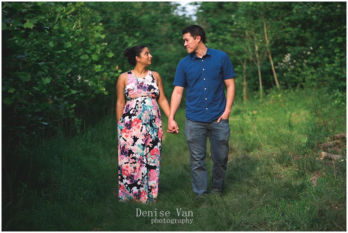 Denise-Van-Photography-Savage-Mills-Maternity-Session_0075.jpg