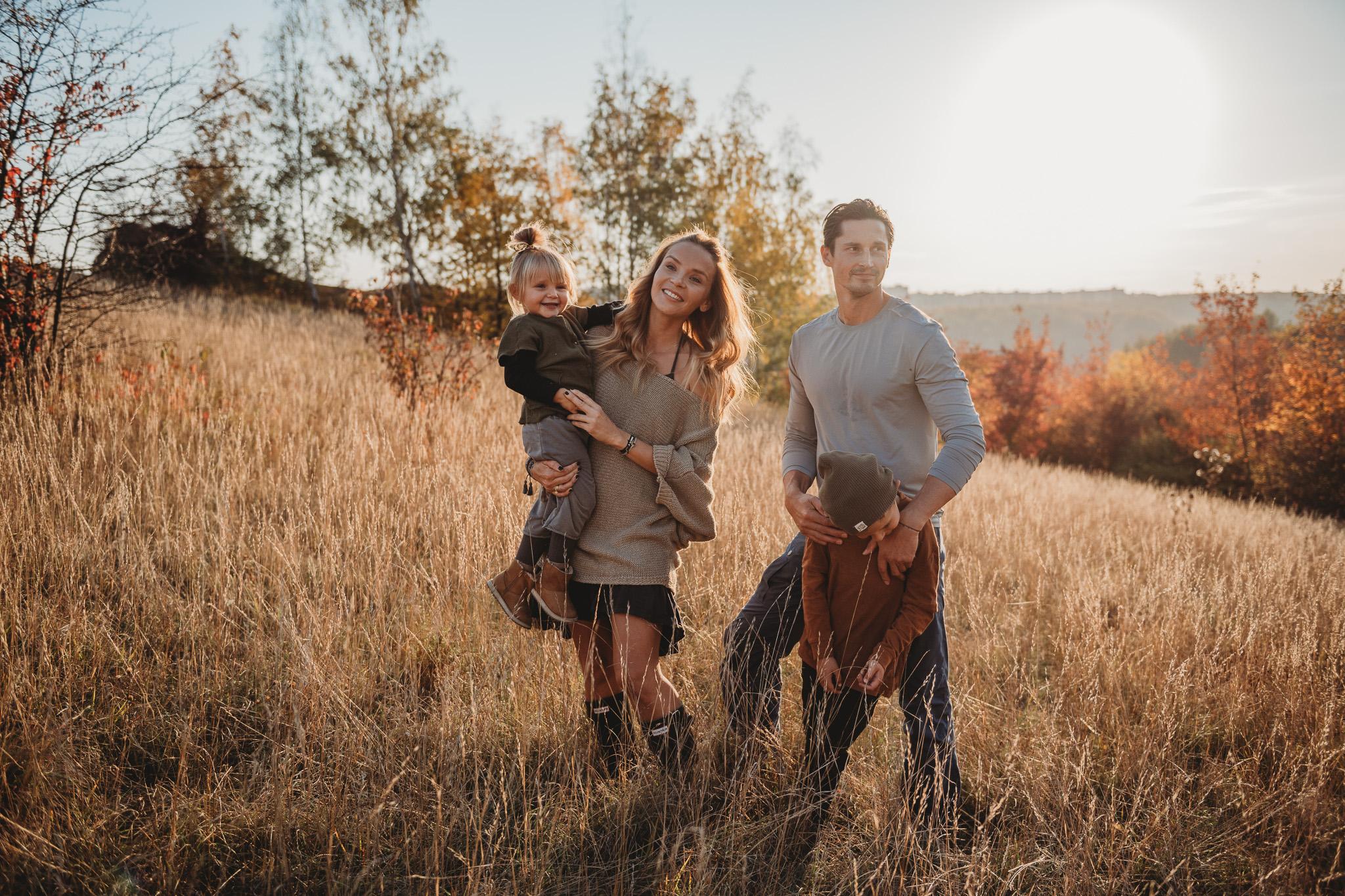 Rodinný fotograf Praha/Prokopské údolí  Překrásné podzimní rodinné focení