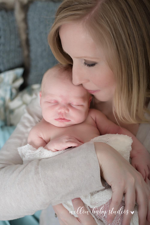 jamaica_plain_newborn_photography-04.jpg