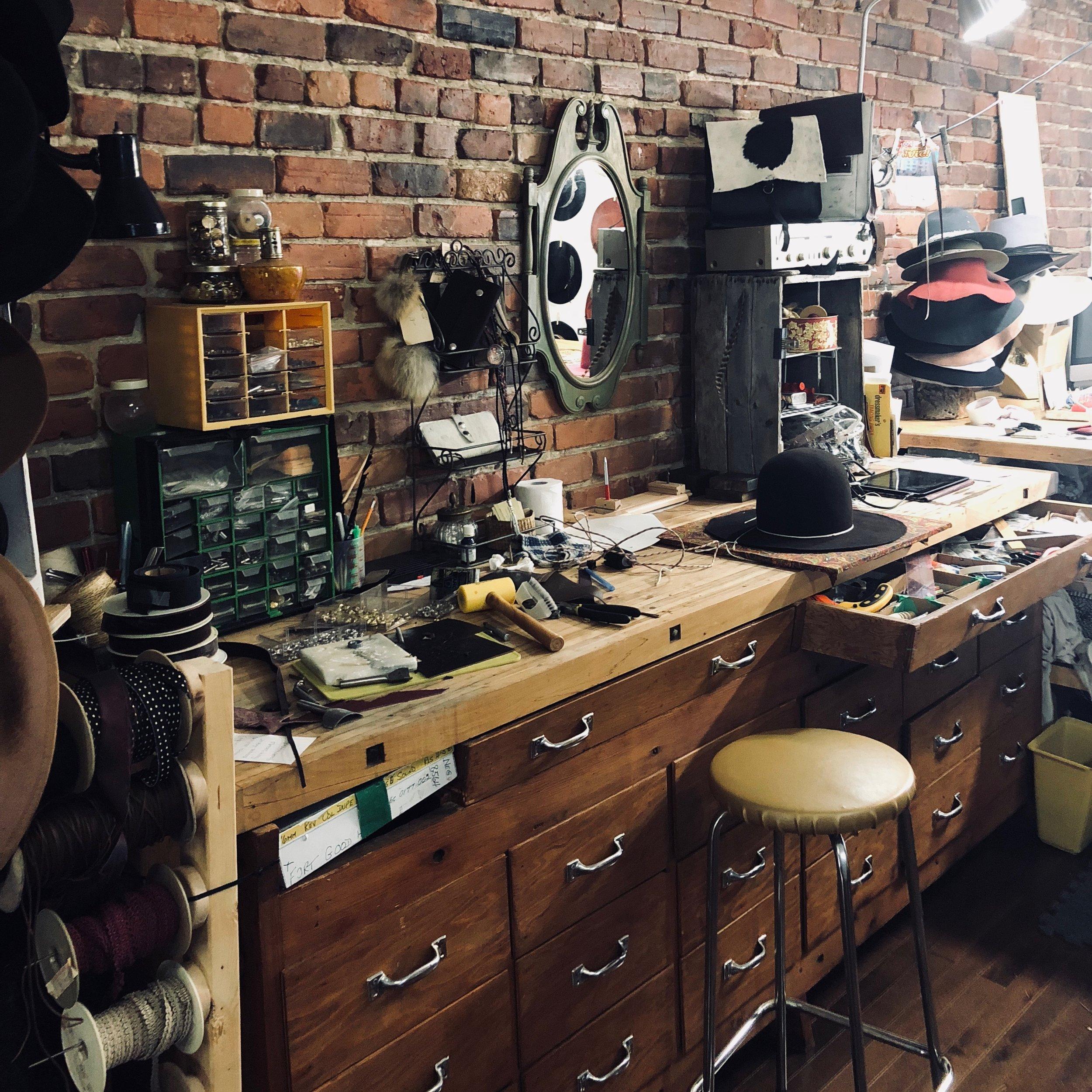 Atelier Blackburn&Raymond - Chapelières Montréal - Hatmakers