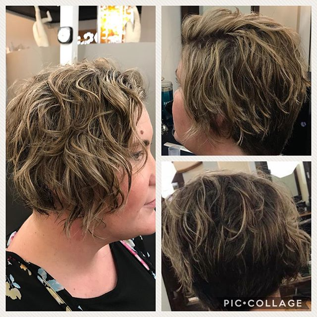 More #curlmagic by Mary! Amanda looks awesome with her new A-symmetrical cut & blonde highlights! #devacut #devacurl #asymmetricalhair #champaignurbana #chambanahair  #chambanamoms #ippatsusalon #downtownchampaign