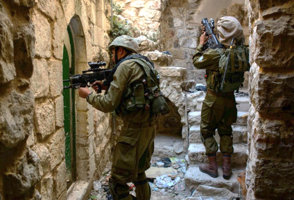 Illustrative photo of Israeli soldiers on an arrest operation in the West Bank city of Hebron