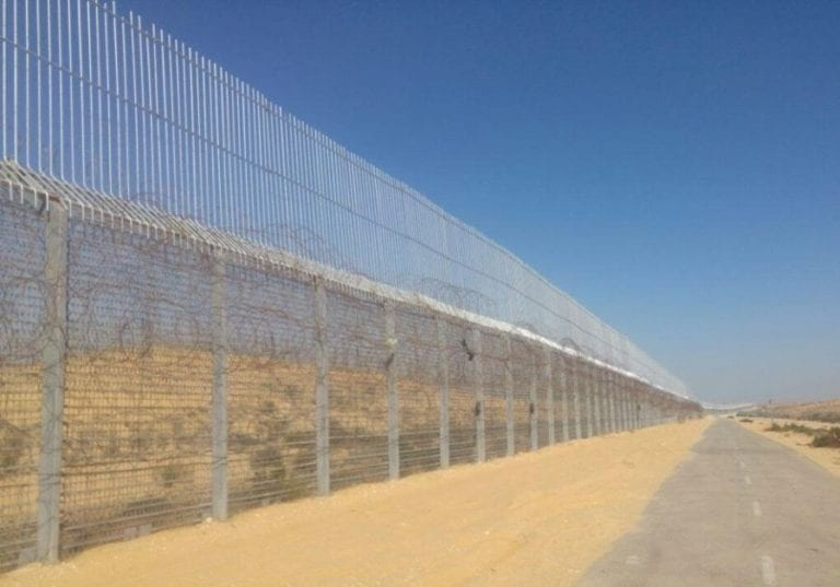 """Part of the fence between Israel and Egypt's Sinai Peninsula. Netanyahu  declared  in 2016 that Israel intended to surround itself completely with walls: """"In the area that we live in, we must defend ourselves against the wild beasts."""""""