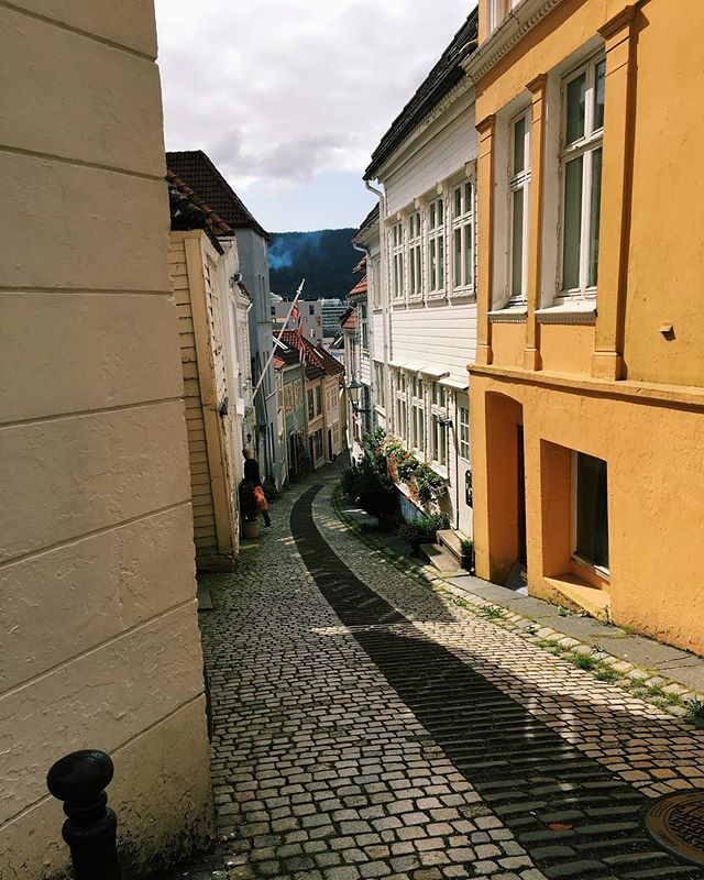 Please bask in the adorableness of this city. #Bergen