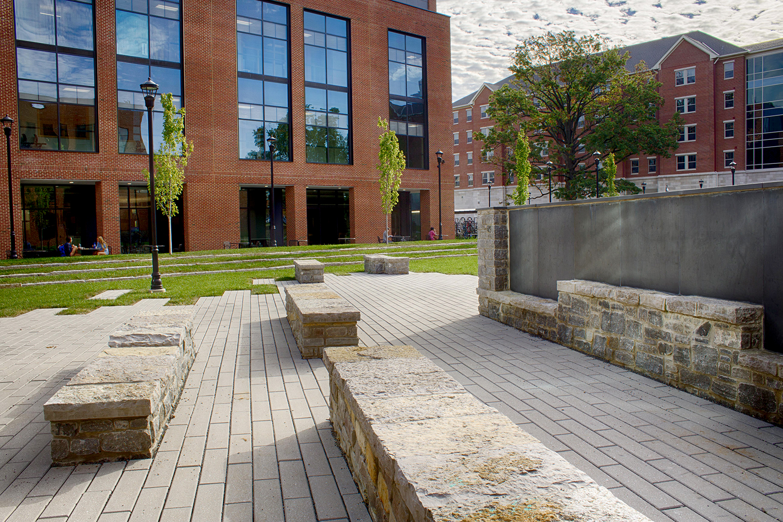 FEATURED: University of Kentucky Jacobs Science Building wins KYASLA Merit Award!