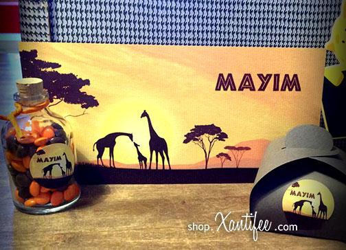 doopsuiker-halfimg-geboortekaartje-giraffen-afrika-koffer-02.jpg