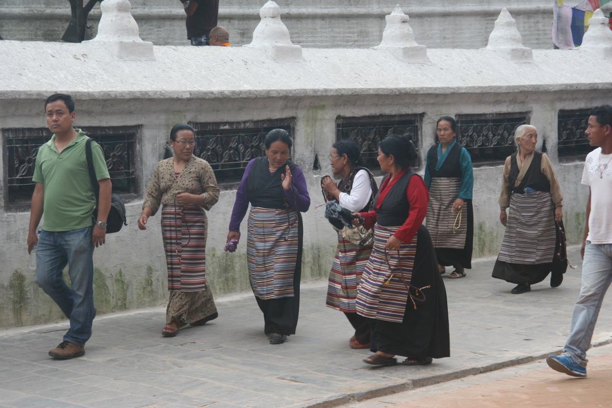 Tibetan women during kura (circumnavigation) around Boudhinath stupa