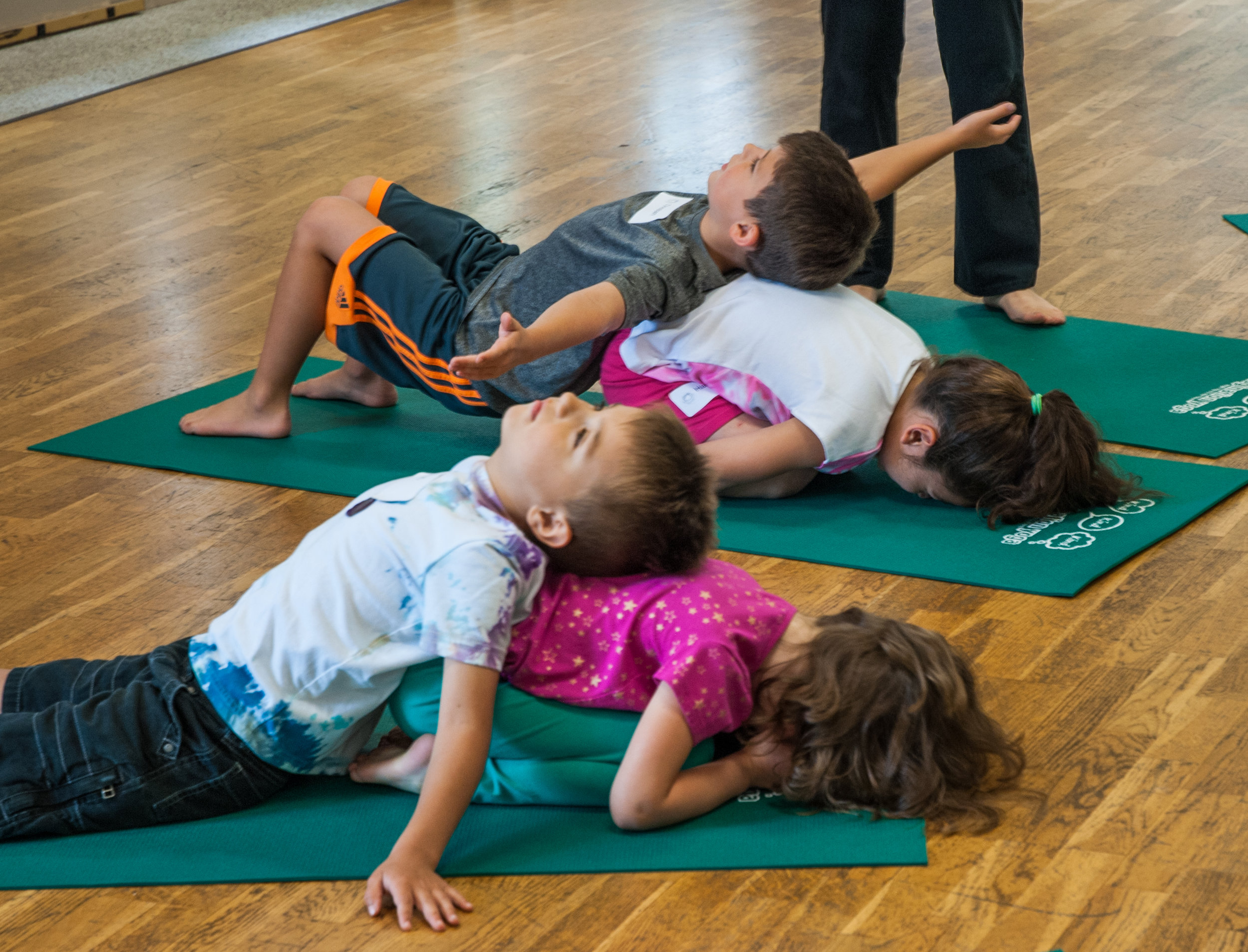 partner poses, kids yoga, children's yoga, mindfulness, family yoga