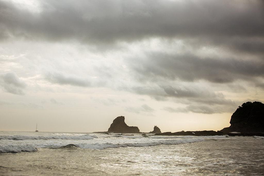 nicaragua-san-juan-del-sur-playa-maderas-sunset.jpg