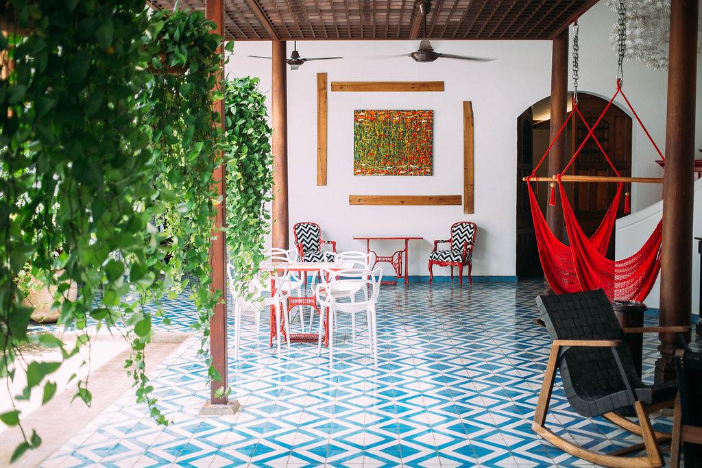 nicaragua-granada-la-gran-francia-hotel-lobby.jpg