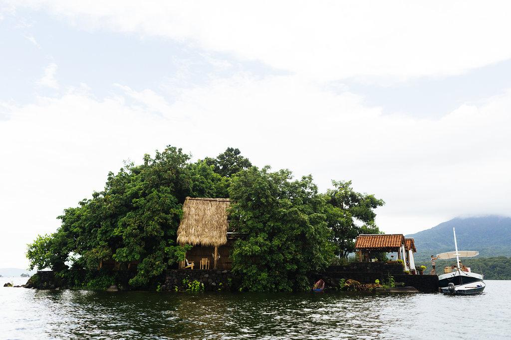 nicaragua-islets-granada-lake.jpg
