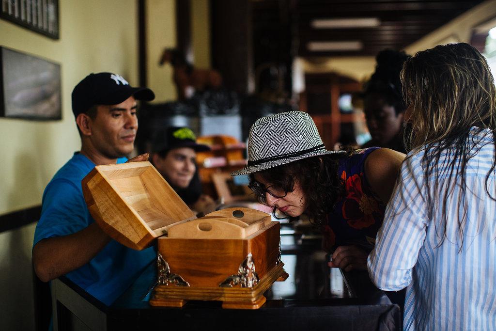nicaragua-granada-donaelba-cigars-humidor.jpg