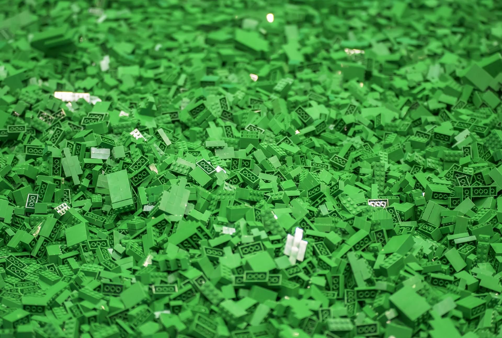 green-lego.jpg