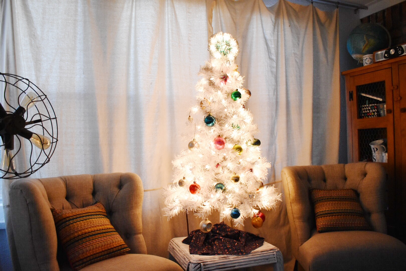 vintage shiny brite tree