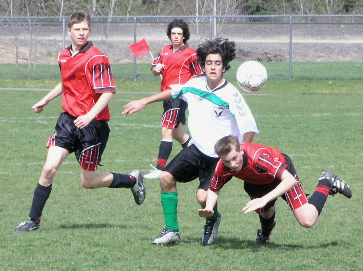 soccer-teen-2-1556409.jpg