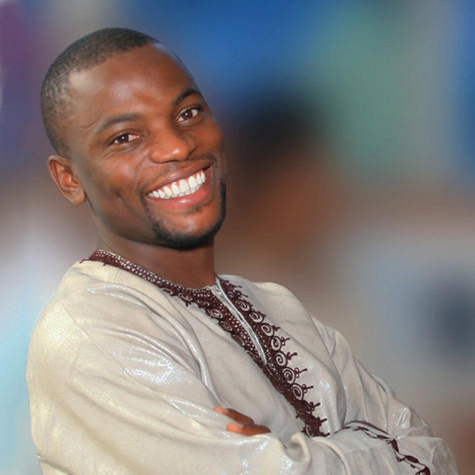 ANDREW ESIEBO Lagos, Nigeria @EverydayAfrica  andrewesiebo.com   @andrewesiebo