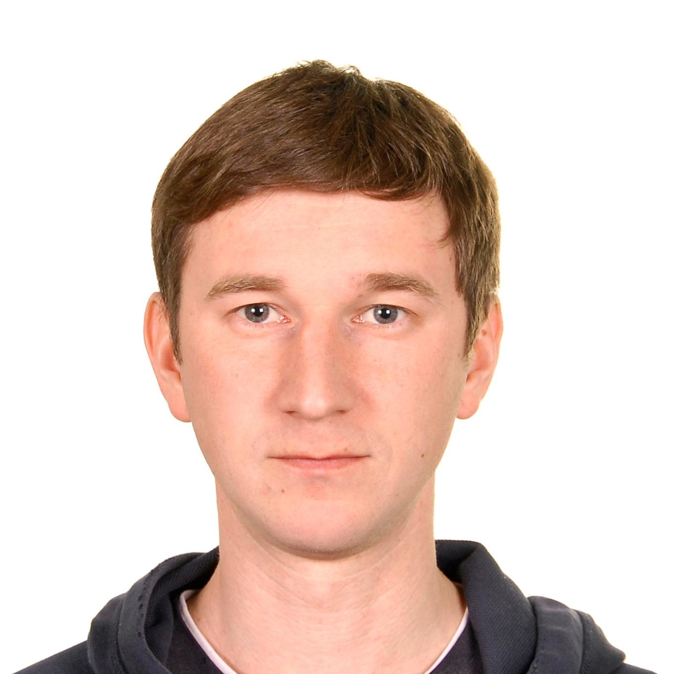 ALEXEY MALGAVKO Omsk, Russia @EverydayRussia  @malgavko