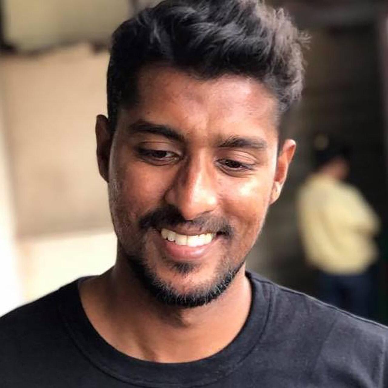 ABDUL HALIK AZEEZ Ratmalana, Sri Lanka @EverydaySriLanka  cargocollective.com/abdulhalikazeez   @colombedouin