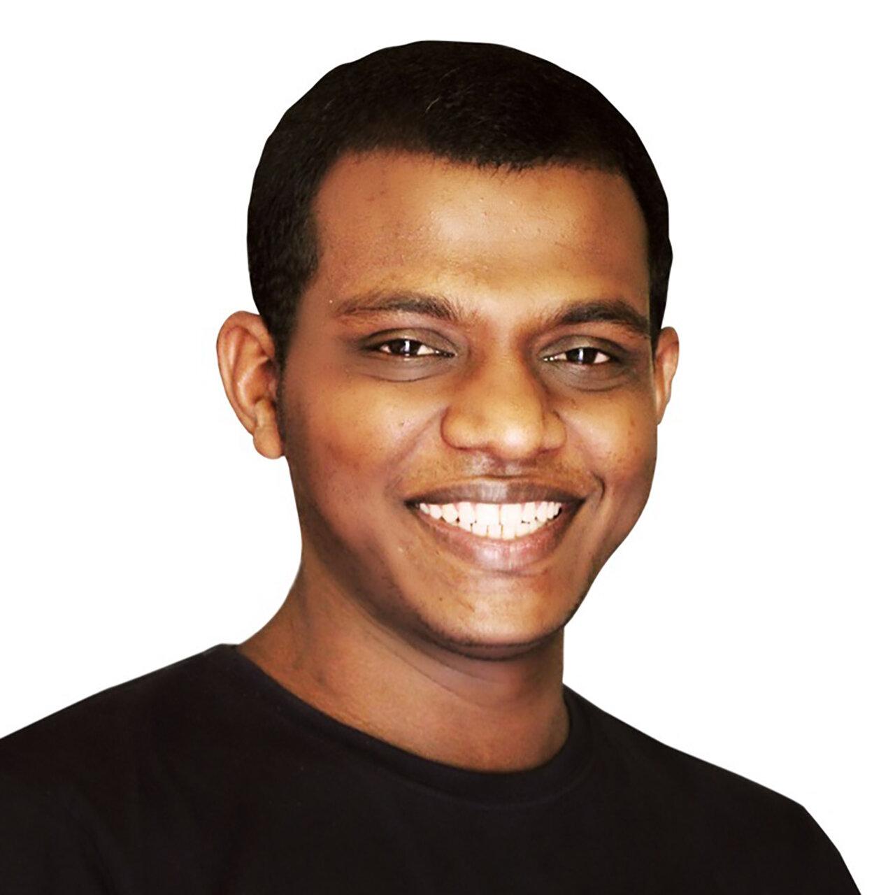 BENISLOS THUSHAN Jaffna, Sri Lanka @EverydaySriLanka  @benislosthushan