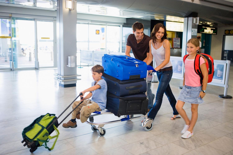 family-airport.jpg