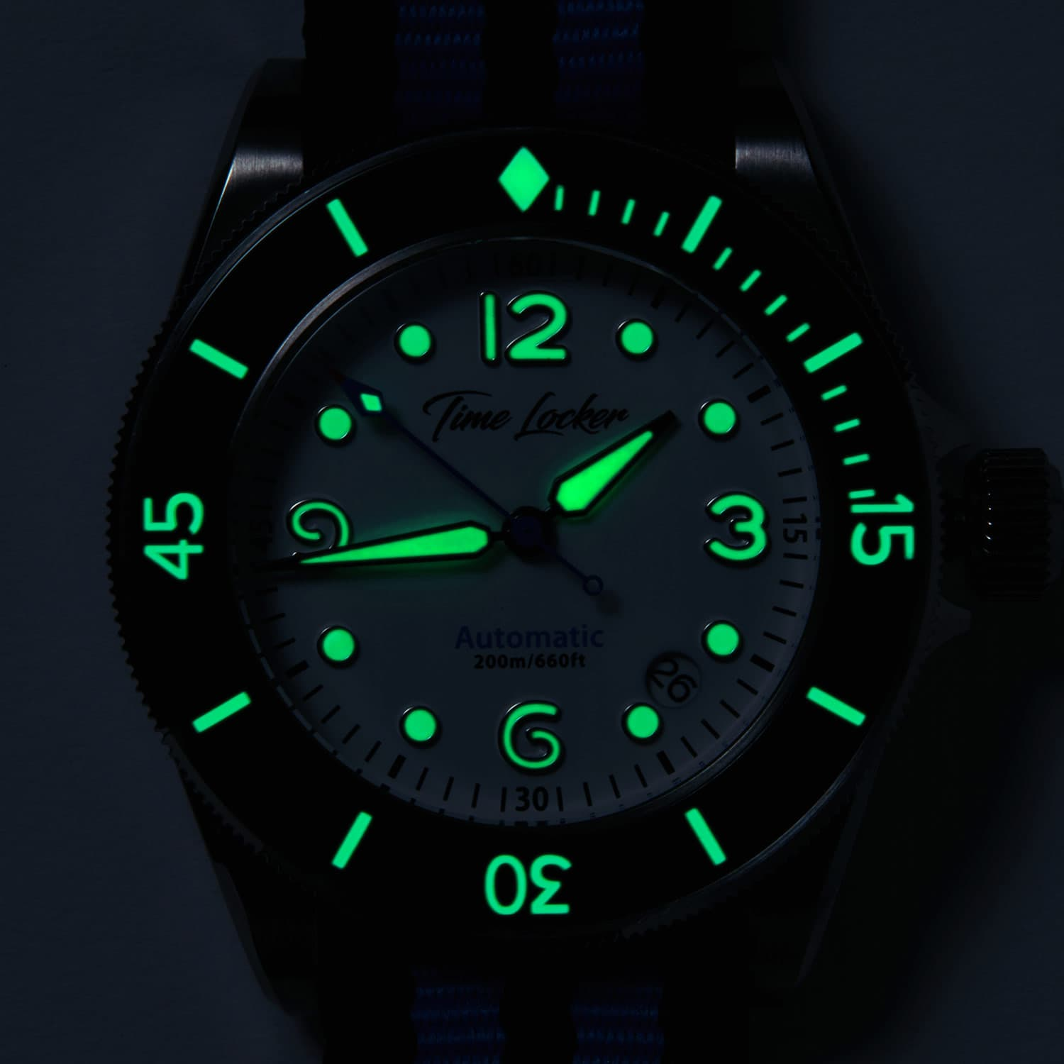 Tonga-dive-watch-lume.jpg