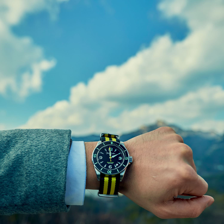 Minimalist dive watch with ceramic bezel