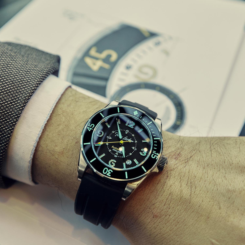 Time-Locker-ceramic-bezel-dive-watch.jpg