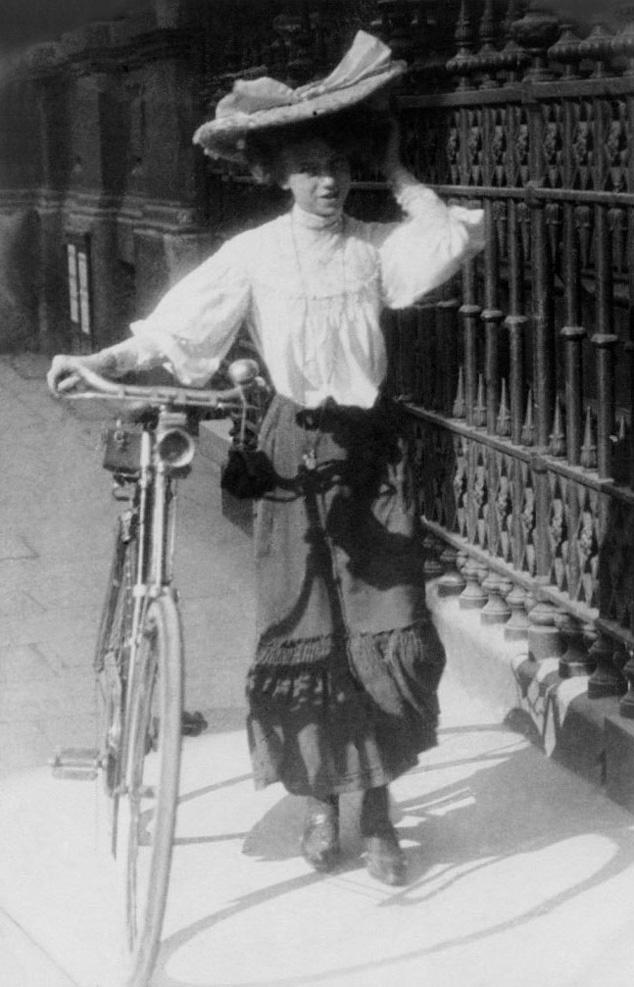 Sat. Sept. 8th, 1906: Kensington