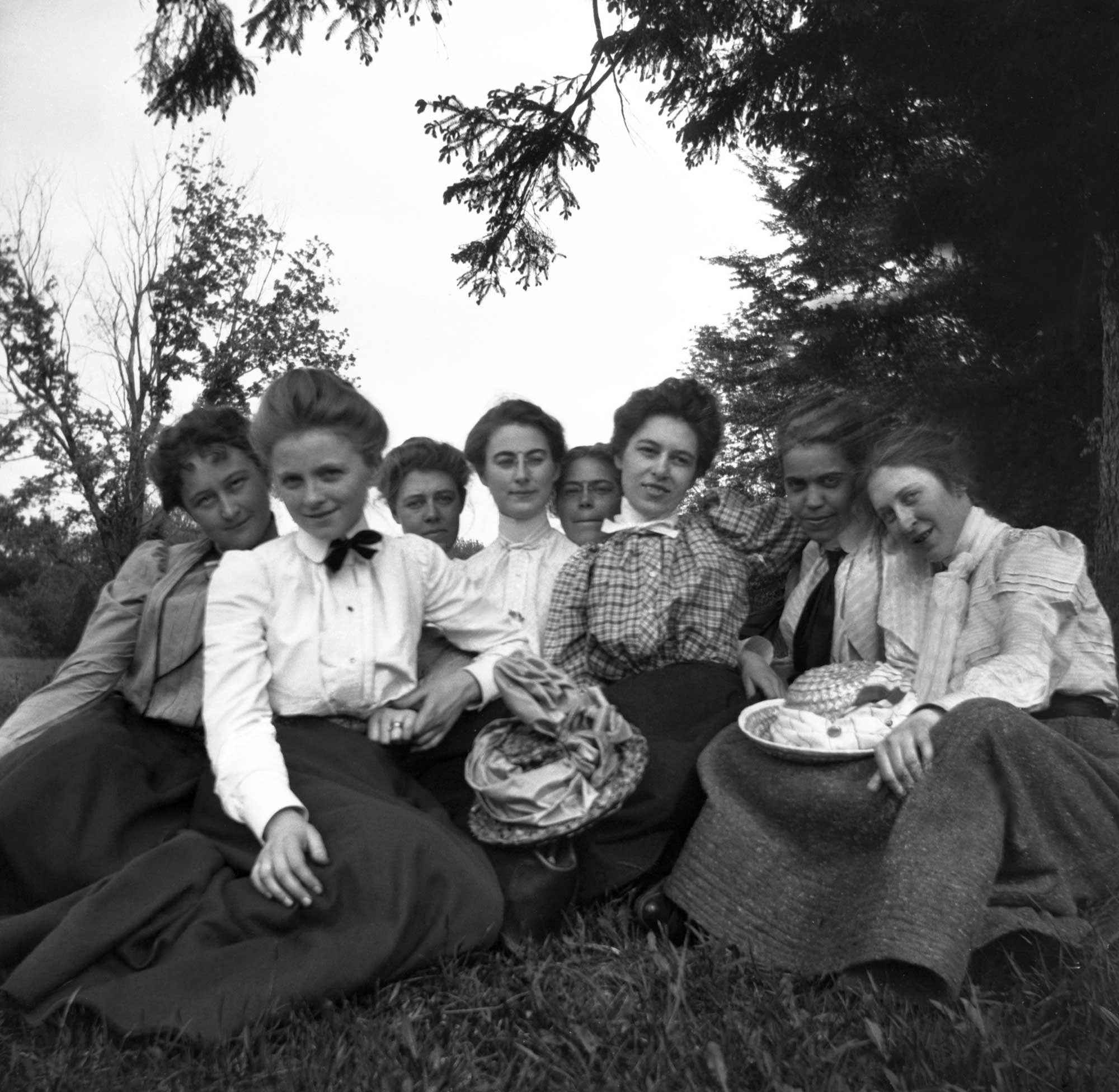 "June 1900 - ""Some of Miss Garland's girls, Class of 1900. Taken at Milton [MA]"""