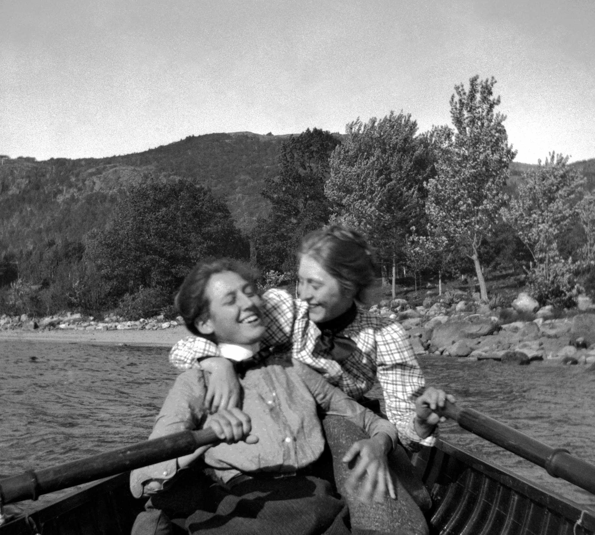 September 1900 - 'Grace G. and Grace Parker row on Lake Megunticook.'