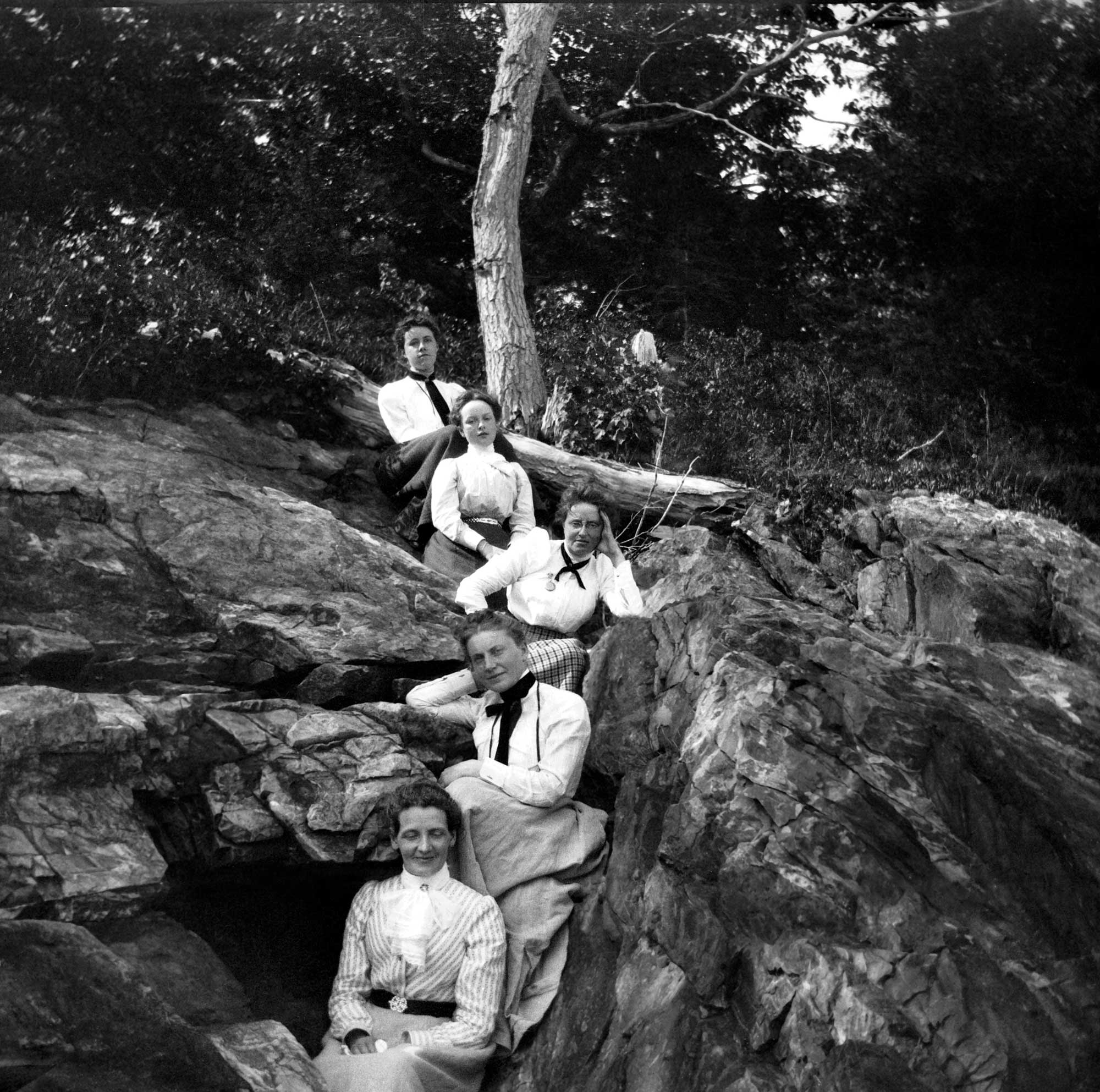 1900 - a picnic at Sherman's Point in Camden. Theresa Babb is seated in front.