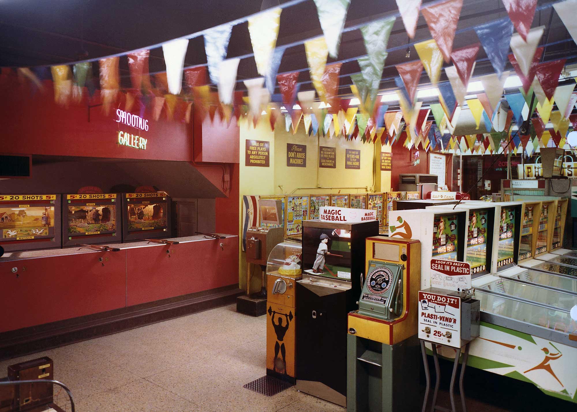 wonderland-arcade-4.jpg