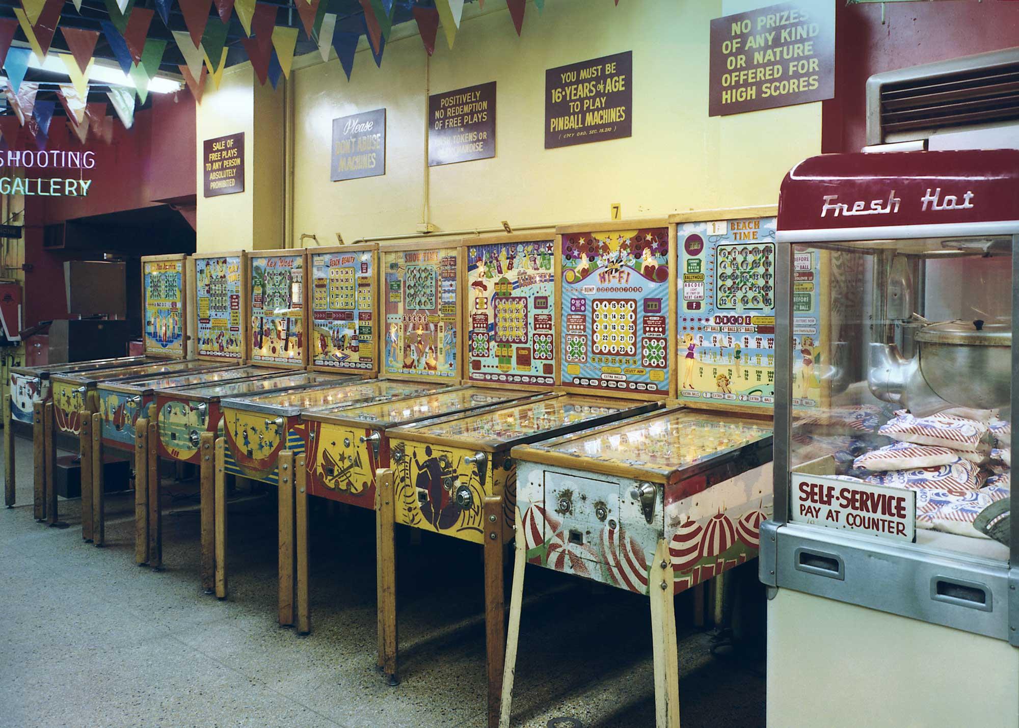 wonderland-arcade-8.jpg